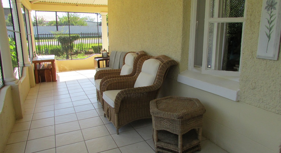 Sundowner Veranda at Absolute Leisure Cottages Machadodorp Entokozweni Mpumalanga